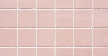 Clean bathroom Tiles using Baking Soda